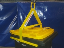 Metalcraft Engineering on site bin lifter crane attachment